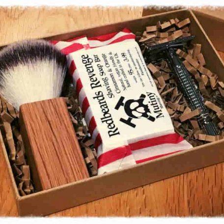 Mutiny Shaving Box